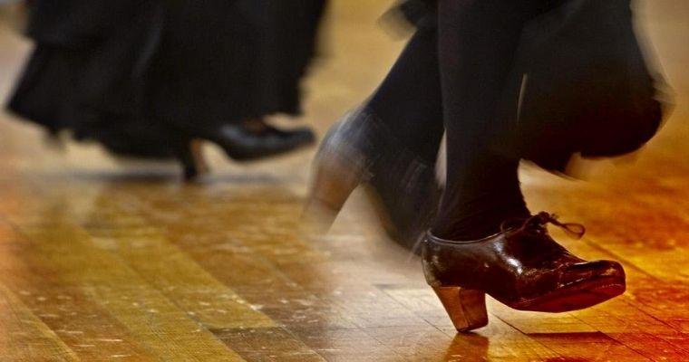 A Compás, tecnica intensiva Flamenco